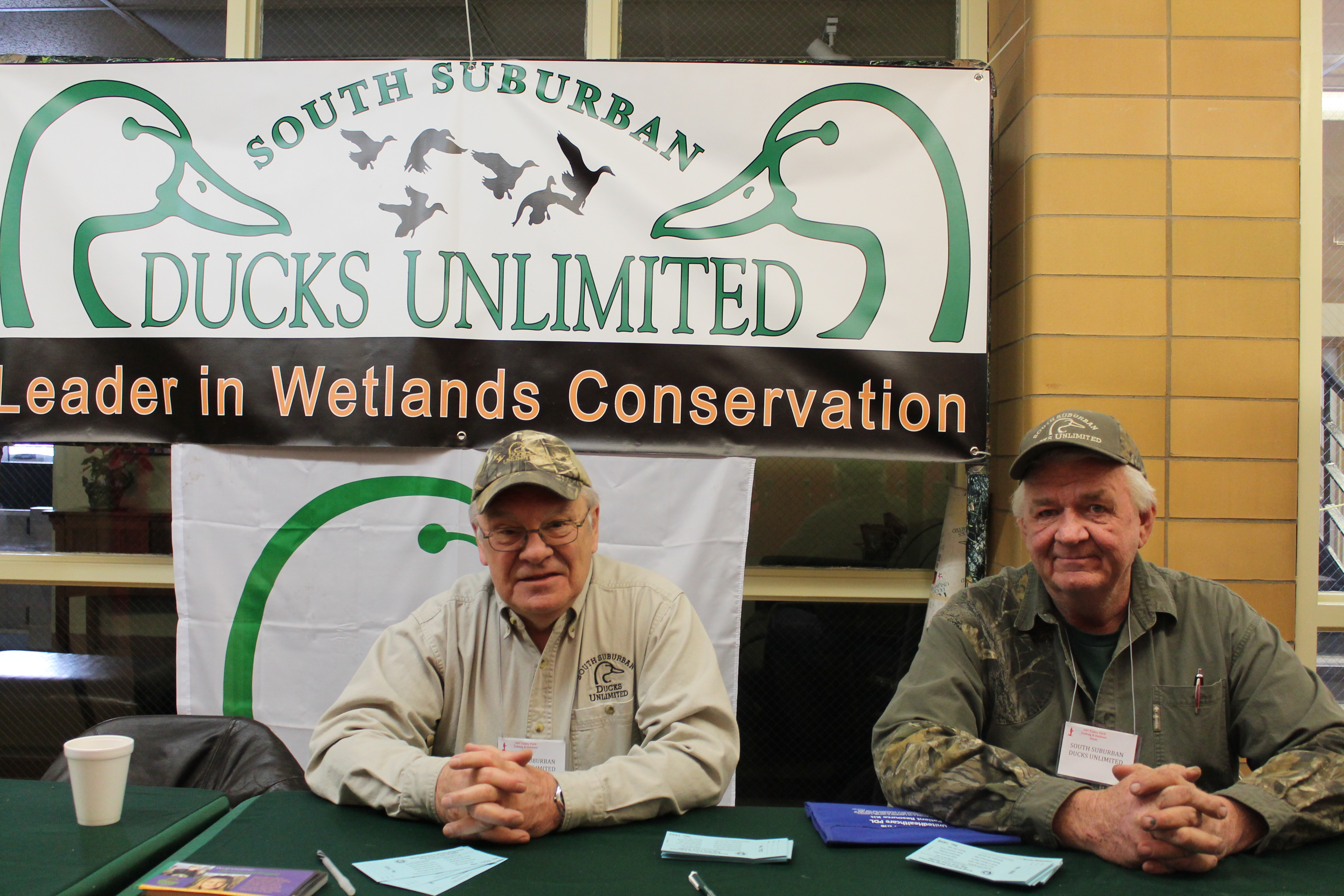Tinley park fishing show hunting for Hunting and fishing show